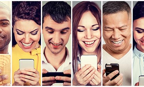 People-on-smartphone_500x304px.jpg